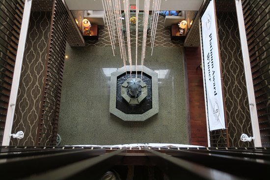 Quality Inn: Atrium