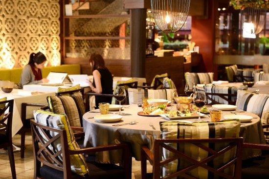 トンプソン レストラン&ワインバー