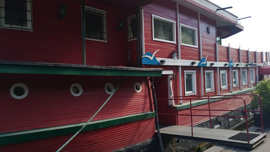 The Red Boat Hotel & Hostel: IMG-20170601-WA0014_large.jpg