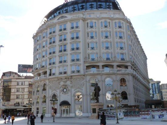 Macedonia Square Hotel Marriott