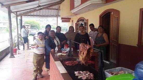 Pillaro, الإكوادور: by the grill
