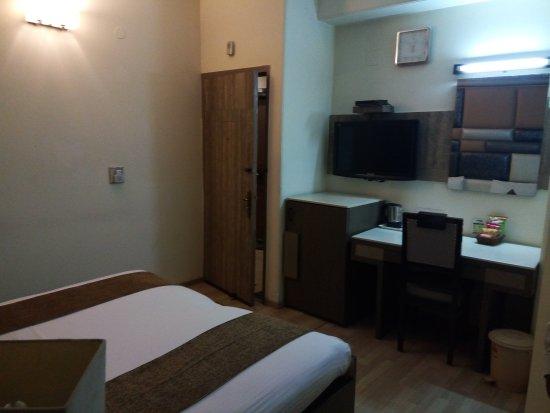 Suncourt Hotel Yatri: TA_IMG_20170607_124354_large.jpg