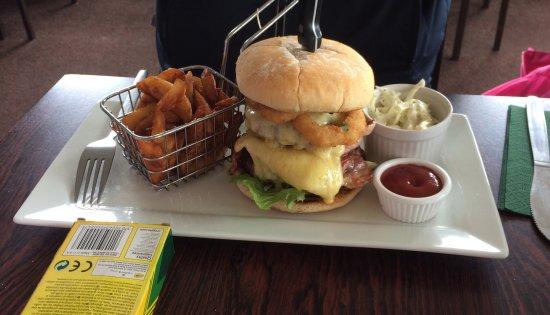 The fairways restaurant: photo1.jpg