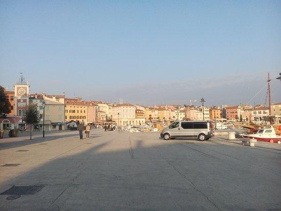 Νοβάλια, Κροατία: Taxi from Zrce Beach to Zadar, Split, Tisno.