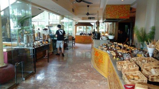 Angsana Bintan: 조식 부페 식당