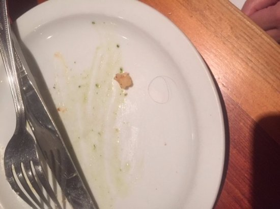 Sawbridgeworth, UK: Hair found in one of the dishes