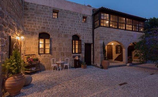 St artemios boutique hotel bewertungen fotos for Was sind boutique hotels