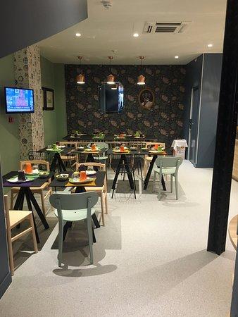 ibis styles paris gare de l 39 est tgv frankrig hotel anmeldelser sammenligning af priser. Black Bedroom Furniture Sets. Home Design Ideas