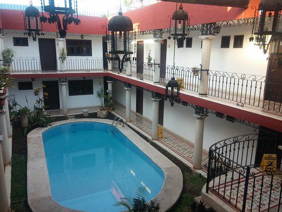hotel colonial la aurora: IMG_20170523_070910_large.jpg