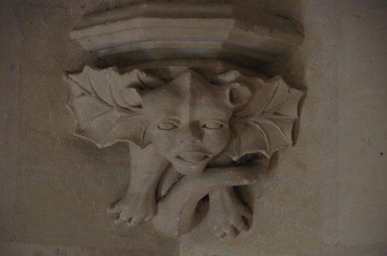 Chissay-en-Touraine, France: décors du couloir