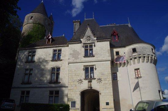 Chissay-en-Touraine, France: l'entrée du château