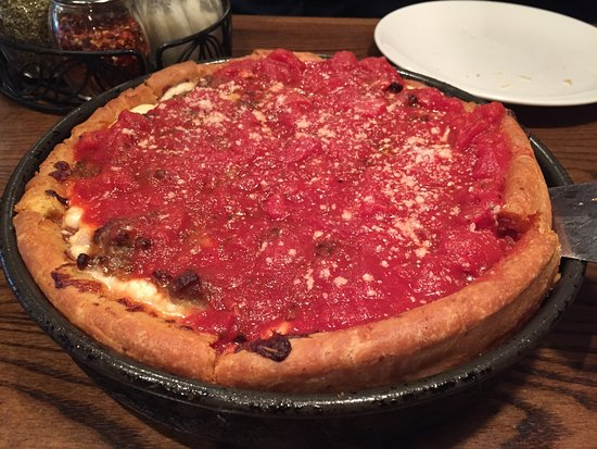 Dickson City, Pensilvania: Sausage deep dish was great!