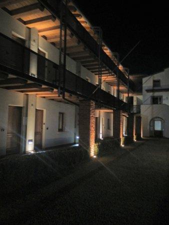 Hotel Della Torre 1850: Ha il suo fascino, soprattutto la notte.