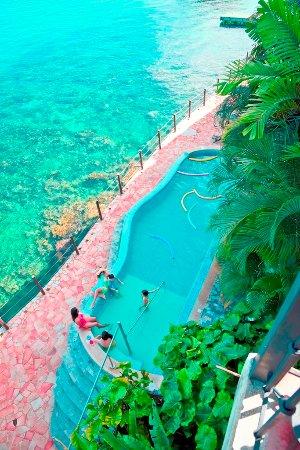 Mochima, Venezuela: Nuestra refrescante piscina es ideal para compartir un día inigualable junto a tu familia y amig