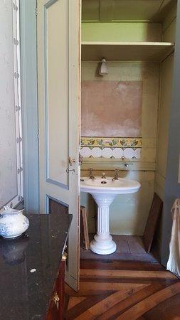 cabinet de toilette - Picture of Villa Palladienne, Syam - TripAdvisor