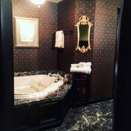 Cameo Heights Mansion Bed & Breakfast: photo0.jpg