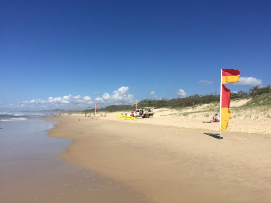 Peregian Beach, Australia: Safe Swimming Area