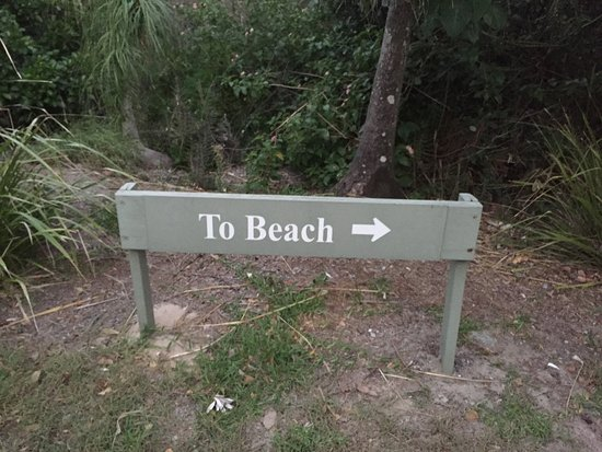 Peregian Beach, Australia: Sign to the Beach