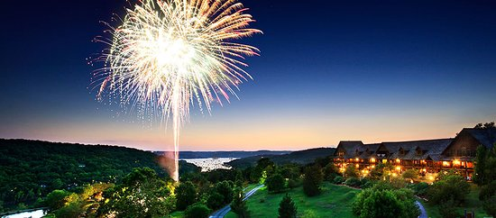 4th of July fireworks at Big Cedar Lodge.