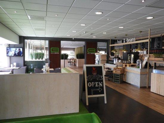 Best Western Plus Rotterdam Airport Hotel : Bar