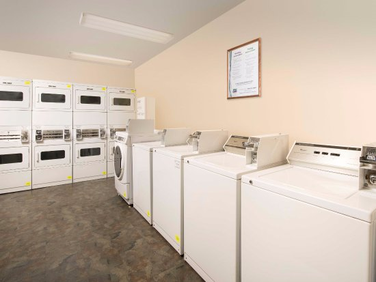 Laundry Room Picture Of Woodspring Suites Gainesville I