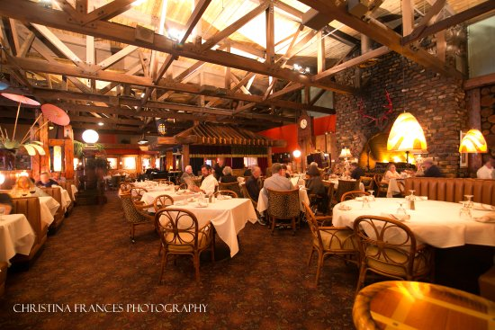 Saint Charles, IL: Our Large Dining Room