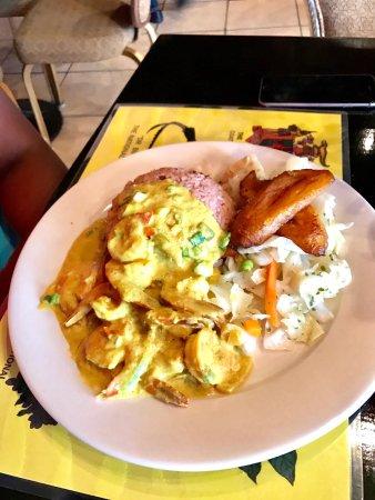 Cool Runnings Jamaican Grill: photo0.jpg