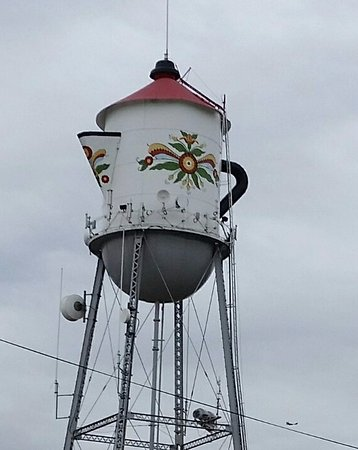Kingsburg, Kalifornien: Water tower converted to Swedish coffee pot