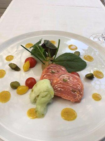 Santa Barbara de Nexe, Portugal: Salmon and sorbet