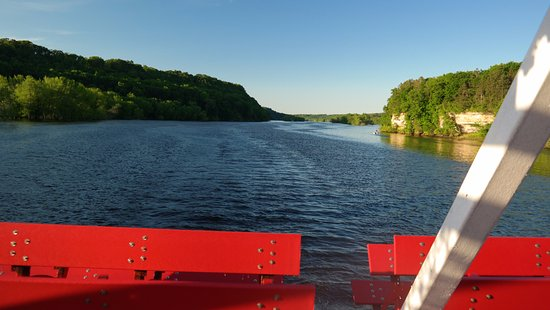 Stillwater, MN: 2 hour dinner cruise view (June 2017)