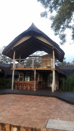 Elephant's Eye, Hwange: Viewing deck and bar