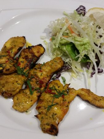 Aston Clinton, UK: Chicken marinaded