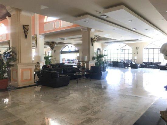 Sandos Playacar: lobby