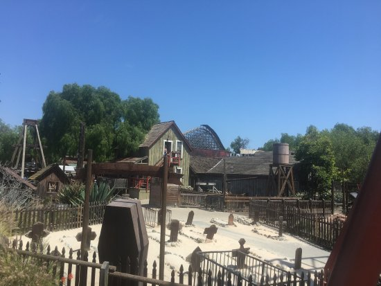 Knott's Berry Farm: photo1.jpg