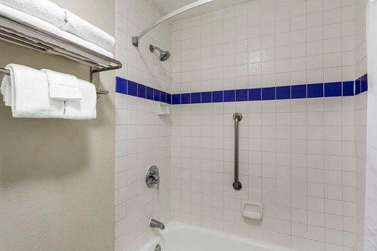 Murray, UT: Bath