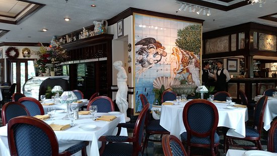 Ristorante La Perla: Wonderful Atmosphere