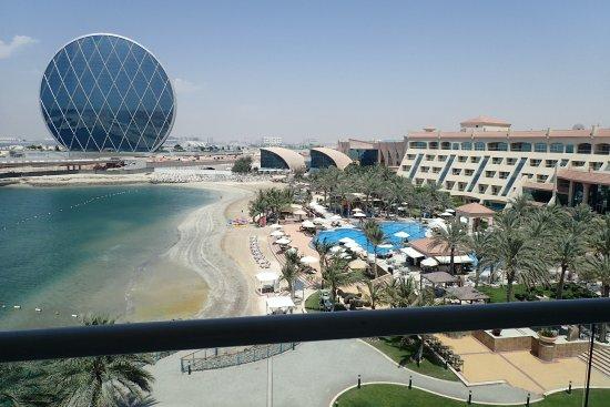 Al Raha Beach Hotel Zimmer