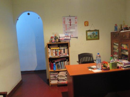 Sunray Rest, Home Stay Mirissa. : reception 2