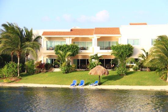 Aventuras Club Lagoon Photo