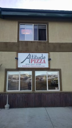 Altitude Pizza