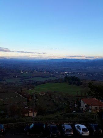 Monte Castello di Vibio, Italy: 2014-12-28 08_large.jpg