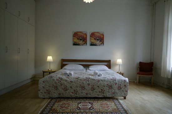 Copenhagen International B&B: The master bedroom in the grand family room. King Size 180*200cm