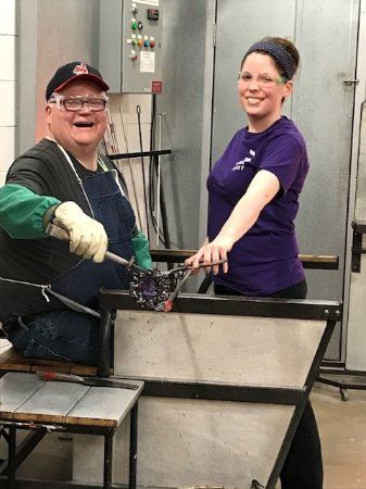 Corning, NY: Making a glass flower