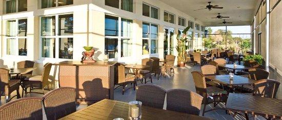 Sebring, FL: Enjoy your meal on our beautiful lakeside lanai.