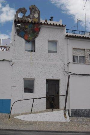 Redondo, Portugal: O edifício do nosso atelier.