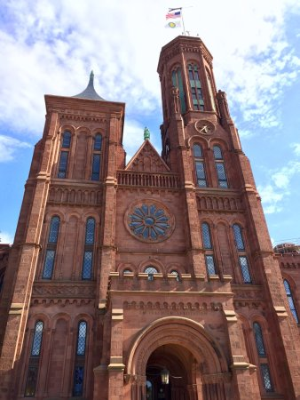Smithsonian Institution Buidling: photo3.jpg