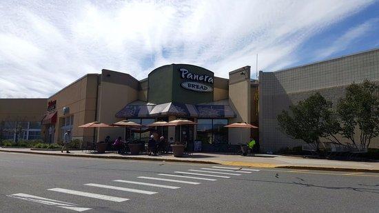Burlington, MA: Restaurants too.