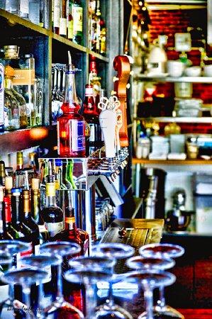 Gorham, Maine: MK Kitchen's Fabulous Bar!