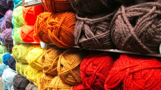 Big Bear City, CA: Lion Brand Yarns