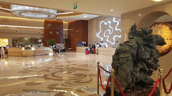 Ritan Hotel: 20170605_183005_large.jpg